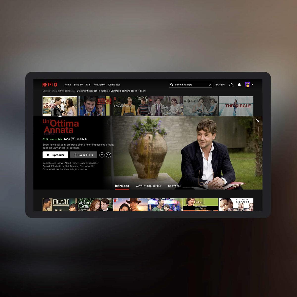 Schermo TV con Netflix e selezione del film Un'ottima annata